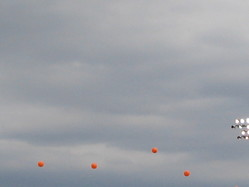14 The 32 balloons re~0007.jpg
